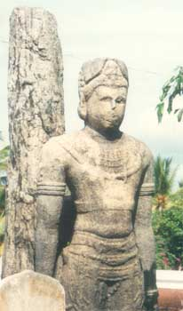 Ancient statue of King Mahasena at Kirivehera