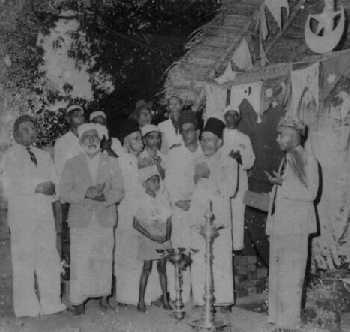 1950's prayers at Kataragama Mosque & Shrine